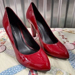 NWT Gianni Bini Red Heels